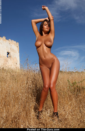 Image. Ela Savanas - nude amazing female with big tittys pic