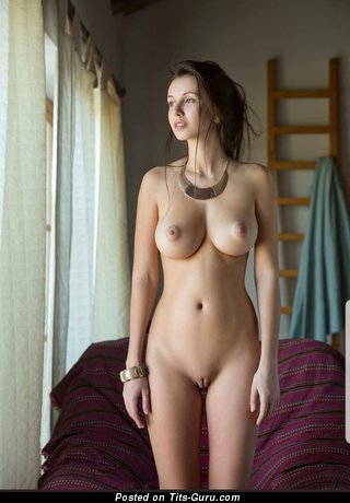 Yummy Brunette Babe with Yummy Exposed Real Normal Breasts (Hd 18+ Photo)