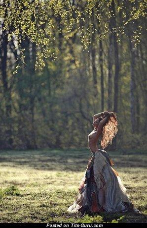 Ekaterina Vladi - Grand Russian Bimbo with Grand Exposed Real Tight Knockers (Sex Picture)