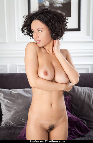 Image. Pammie Lee - awesome girl with big natural boobies picture