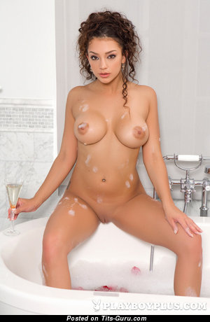 Image. Kelsi Shay - sexy nude brunette with medium tittes and big nipples photo