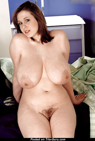 Graceful Brunette with Graceful Naked Natural Great Busts (Xxx Wallpaper)