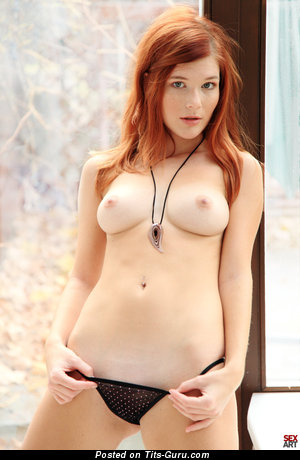 Image. Mia Sollis - red hair with medium natural tittes picture