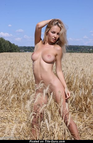 Image. Delilah G - nude wonderful woman with natural tits photo