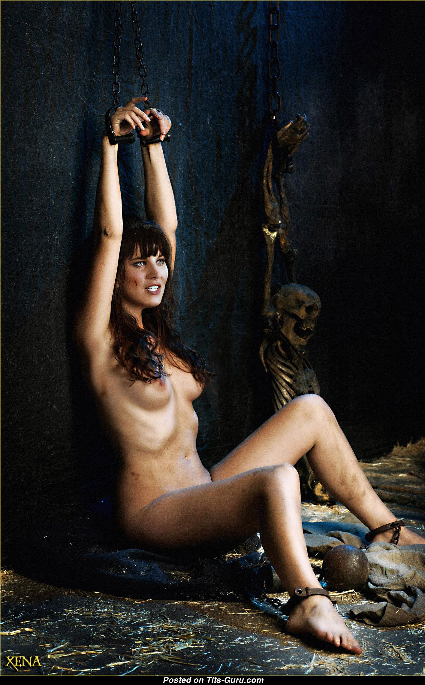 Big breast nude image-2673