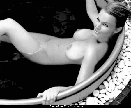 Belinda Carlisle - Exquisite Wet American Babe with Exquisite Naked Mid Size Breasts (Vintage Hd 18+ Picture)