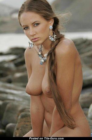 Nice Naked Blonde Babe (Hd Sex Pic)