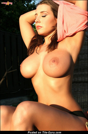 Good-Looking Topless Brunette with Good-Looking Open Dd Size Tittes (18+ Photo)