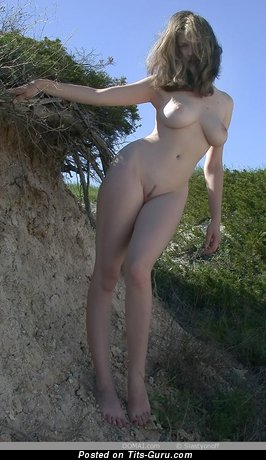 Image. Gigi - naked nice lady with big natural tittys image