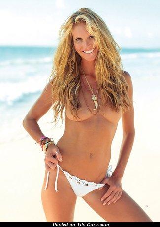 Elle Mcpherson - Lovely Naked Australian Babe (Hd 18+ Image)
