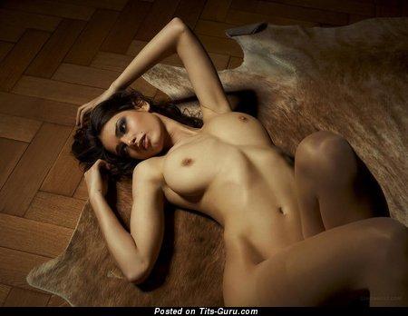 Изображение. Фото сексуальной голой чувихи