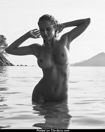 Genevieve Morton - Wonderful Topless & Wet South African Blonde Pornstar, Babe & Actress with Wonderful Open Real Regular Boobies & Huge Nipples on the Beach (18+ Picture)