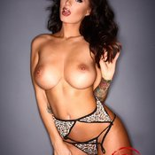 Sammy Braddy - nice woman with big natural boob photo