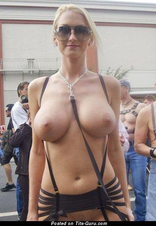 Image. Naked blonde photo