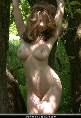 Image. Gigi - awesome female with big natural tittes image