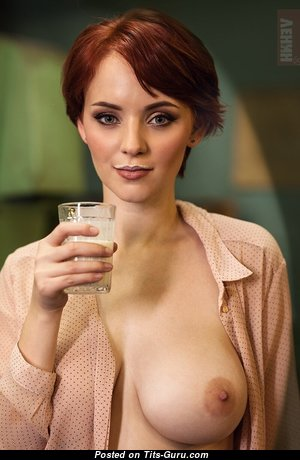 Anna Grey - Yummy Red Hair Babe with Yummy Bare Natural Medium Sized Jugs (Hd Xxx Photoshoot)