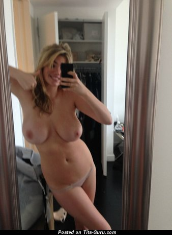 Kate Upton - naked amazing girl with big natural tittys picture