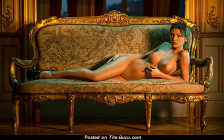 Anita Toth - Fascinating Nude Brunette (Hd Xxx Image)