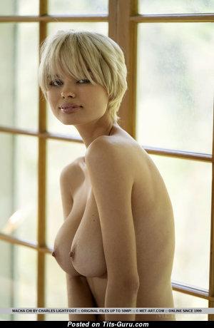Macha Chi - Sweet Naked Blonde (18+ Photo)