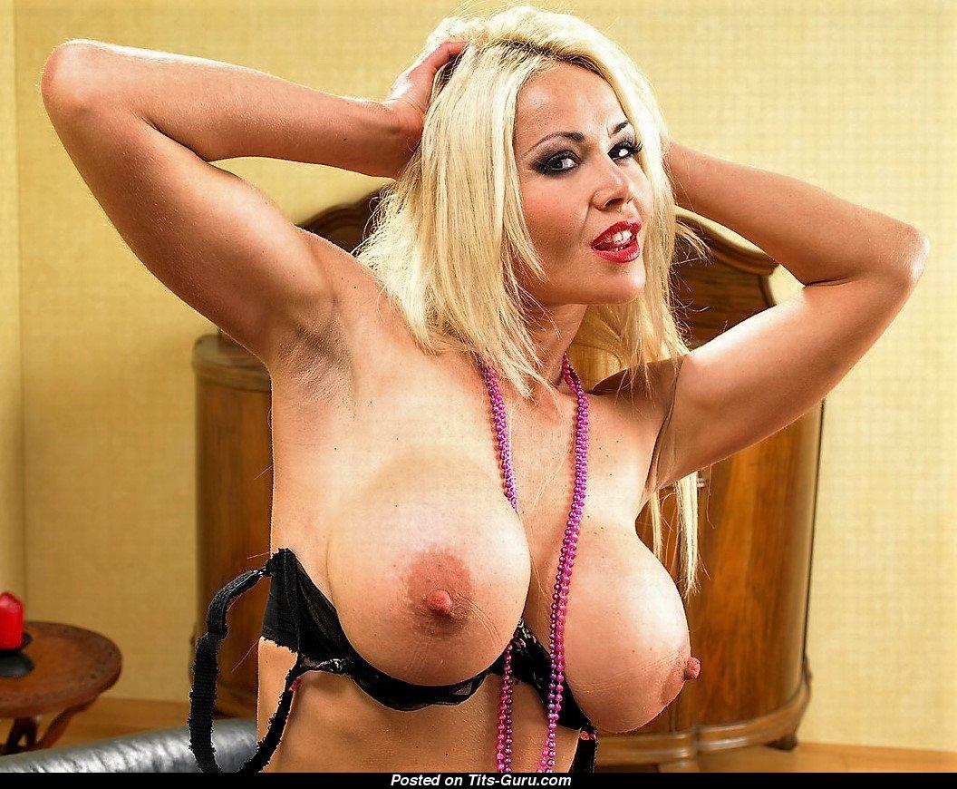hot nude bengali girl