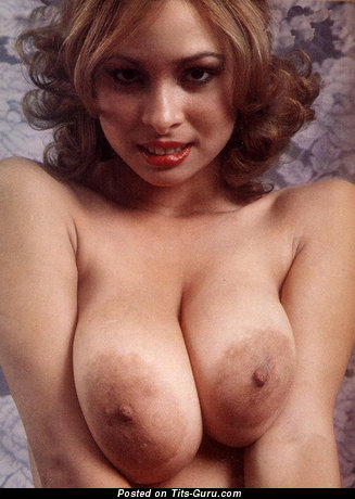 Image. Rosemary Saneau - nude awesome woman with big natural breast and big nipples pic