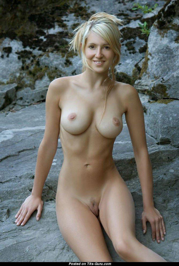 Uzbekistan nude women
