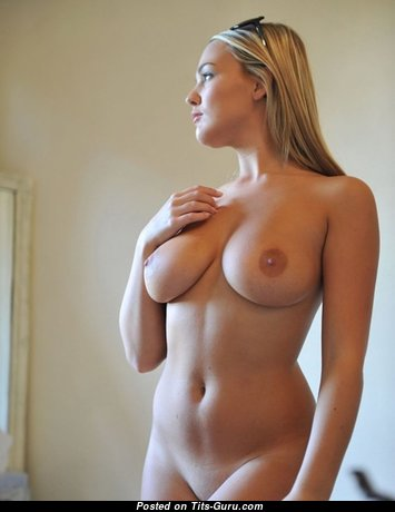 Fascinating Babe with Fascinating Open Real Mid Size Boobs (Hd Xxx Pix)