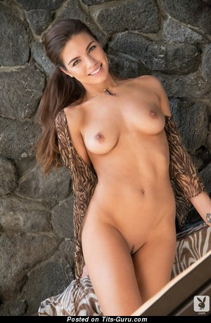 Image. Nude amazing girl with medium natural tits picture
