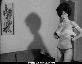 Big beautiful boobs vintage nude model with big tits