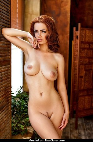 Exquisite Babe with Exquisite Defenseless Natural Soft Boobies (Sex Pic)