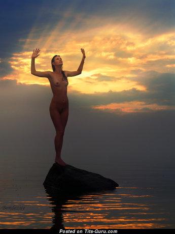 Изображение. Картинка восхитительной обнажённой леди