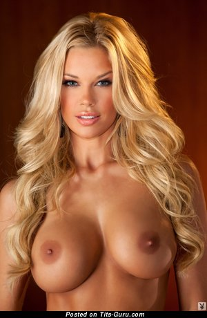 Image. Jessica Lynn Hinton - naked blonde with big fake boobs pic