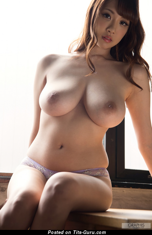 Shion Utsunomiya - topless asian brunette with big natural breast and big nipples pic