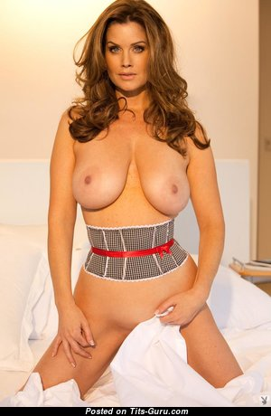 Nice Babe with Nice Defenseless Real Dd Size Titties (Hd Xxx Pix)