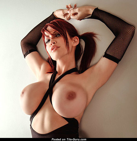 Lovely Babe with Lovely Nude Round Fake H Size Jugs (18+ Image)