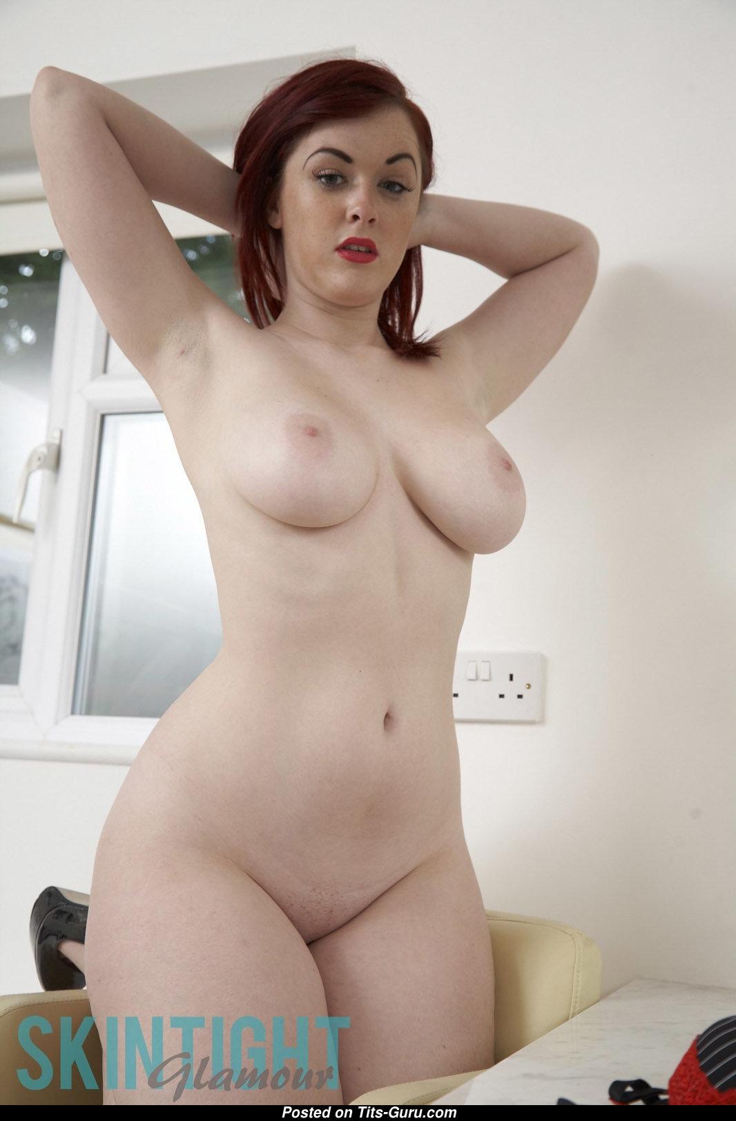 Jaye Rose Naked Pics