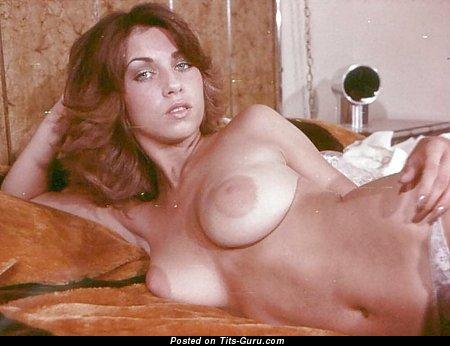 Изображение. Linda Gordon Aka Stephanie Platt - фото красивой голой женщины с большими натуральными сиськами ретро