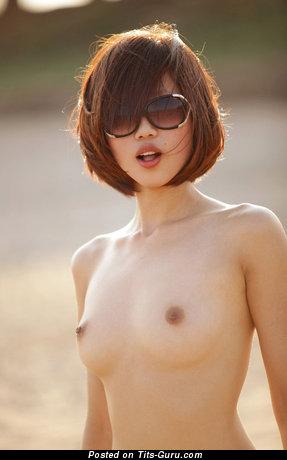 Изображение. Фотка сексуальной голой девахи