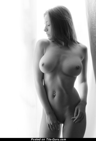 Olga Kobzar - sexy nude blonde with medium tits image