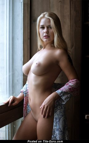 Image. Nude amazing woman with natural tits image