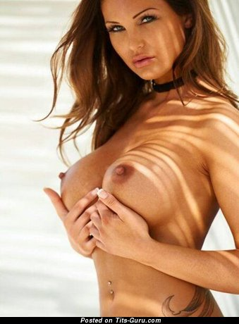 Image. Nude brunette with medium tittys pic