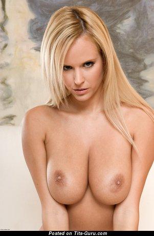 Image. Zuzana Drabinova - nude nice lady picture