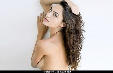 Gal Gadot - Handsome Topless Israeli Brunette Actress with Stunning Open Natural Very Small Titty & Pointy Nipples (Hd Xxx Pix)