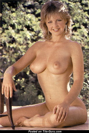 Corrine Russell - Lovely Lady with Lovely Bare Natural Firm Breasts (Vintage Hd Sex Foto)