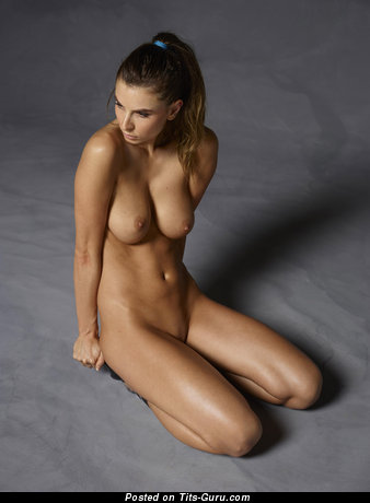 Image. Marisa - naked brunette with medium natural tittys pic