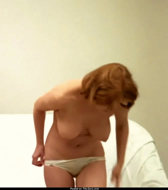 Colleen Brennan - sexy nude blonde with medium natural breast gif