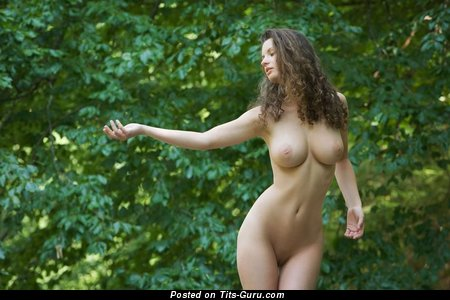 Nude nice female with big natural tittes pic