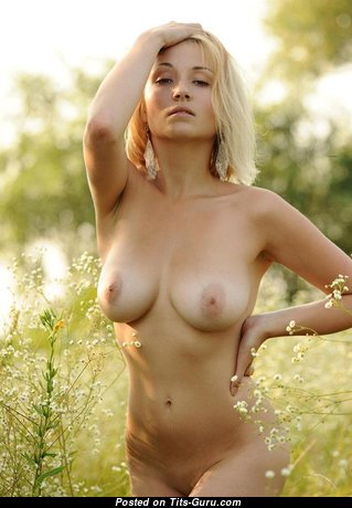 Delightful Undressed Blonde Babe (Porn Picture)