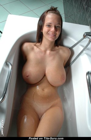 Amazing Naked Babe (Hd Sexual Picture)
