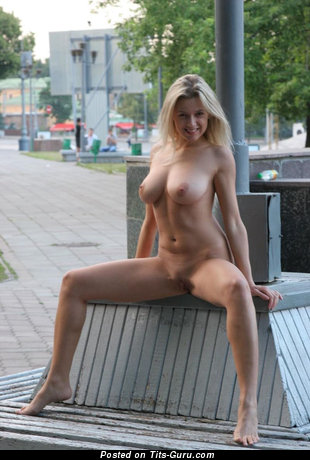 Image. Naked awesome lady with medium natural boobs picture